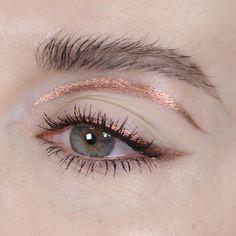 Beautiful eye make-up Makeup Trends, Makeup Inspo, Makeup Art, Hair Makeup, Make Up Looks, Makeup Goals, Makeup Tips, Glitter Make Up, Creative Eye Makeup
