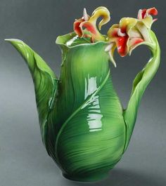 Franz CollectionBrilliant Blooms  Canna Lily Teapot