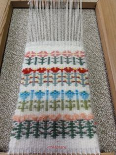 Loom Weaving, Hand Weaving, Macrame Projects, Textiles, Kids Rugs, Sewing, Knitting, Cards, Handmade