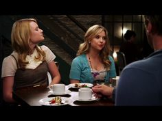 1x4 (hanna at a restaurant/cafe with her stepsister and her dad and her dad's wife)