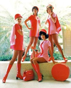 vintage stewardess Southwest. Could those dresses BE any shorter? Everybody thinks Southwest is popular because of prices, but it's really these dresses that made them famous.