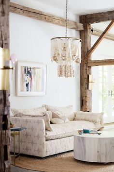 Neutral Bohemian Living Room Design - 8 Fall Home Design Trends to Love from Anthropologie :: Chic+Fab+Love Furniture Decor, Living Room Furniture, Living Room Decor, Modern Furniture, Outdoor Furniture, Rustic Furniture, Antique Furniture, Living Rooms, Furniture Sets