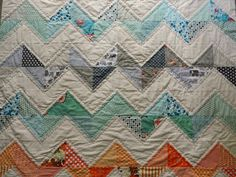 somewhat simple chevron... as if i could quilt at this level.