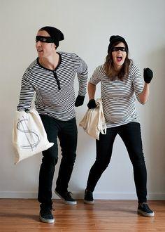 quick & easy burglar costume