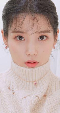 예토끼 on in 2020 Korean Makeup, Korean Beauty, Asian Beauty, Korean Actresses, Korean Actors, Kpop Girl Groups, Kpop Girls, Pretty Korean Girls, Iu Fashion