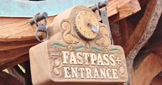 10 Things You Absolutely Must Know About Walt Disney World FastPass+ - Disney Dining Information Disney World Restaurants, Disney World Vacation, Walt Disney World, Disney Vacations, Disney Tips, Disney Parks, Disney Fast Pass, Disney Travel Agents, Magic Bands