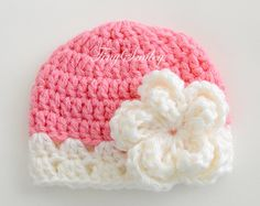Browse unique items from TinySmiley on Etsy, a global marketplace of handmade, vintage and creative goods. Crochet Hat Tutorial, Crochet Baby Dress Pattern, Crochet Baby Beanie, Baby Girl Crochet, Crochet Baby Clothes, Love Crochet, Crochet Stitches Patterns, Crochet Designs, Crochet Crafts