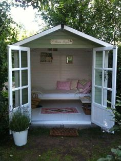Elves office … A friend's new garden shed, aptly called Älvas Stuga, which means an elf's holiday home. Cubby Houses, Play Houses, Backyard Sheds, Backyard Landscaping, Backyard Playhouse, Garden Sheds, Summer House Garden, Home And Garden, Summer House Interiors