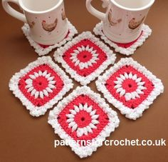 Free crochet pattern for pretty coasters http://www.patternsforcrochet.co.uk/pretty-square-coaster-usa.html #patternsforcrochet