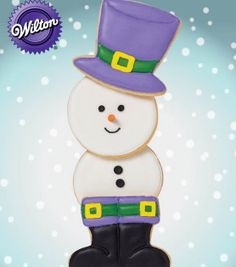 This Snowman Cookie looks delicious! @Wilton Cake Decorating Cake Decorating #christmascookies #wiltoncookieelf