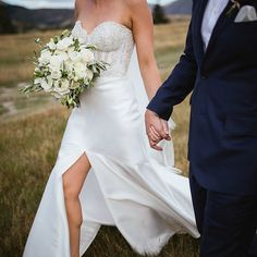 INSPIRE /  We can't wait to share more from Megan + Julian's gorgeous Autumn wedding at @millbrookresort in Queenstown, NZ. Gown - 'Abbey/Mimi' combination from the D.Y.G collection by @kwhbridal • Photographer - @alpineimageco . New Zealand brides-to-be book an appointment to try on our gowns at our exclusive NZ stockist @paperswanbride