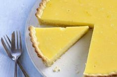 tangy lemon tart Gregg fell in love with Michel Roux Snr's lemon tart at first bite. This is his version of the classic recipeGregg fell in love with Michel Roux Snr's lemon tart at first bite. This is his version of the classic recipe Best Lemon Dessert Recipe, Lemon Desserts, Lemon Recipes, Tart Recipes, Summer Recipes, Bbc Good Food Recipes, Cooking Recipes, Bbc Recipes, Cooking Videos
