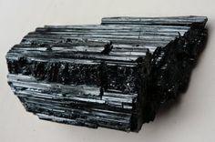 Significado das Pedras: Significado da Pedra Turmalina Negra