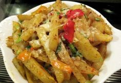 Texasi sajtos sült krumpli Hungarian Recipes, Hungarian Food, Pepperoni, Potato Recipes, Pasta Salad, Chili, Pizza, Texas, Potatoes