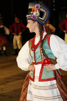 Folk costume from Kurpie Zielone (Green Forest area in the Kurpie region), Poland.
