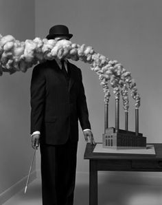 HUGH KRETSCHMER'S SURREALIST PHOTOGRAPHY