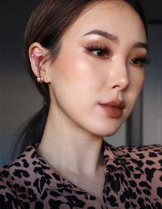 asian makeup – Hair and beauty tips, tricks and tutorials Korean Makeup Look, Korean Makeup Tips, Asian Eye Makeup, Korean Makeup Tutorials, Makeup Tricks, Makeup Ideas, Asian Makeup Looks, Glam Makeup, Makeup Lipstick