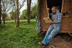 """Mark Boyle, better known as the """"Moneyless man"""", is bringing his message of unconditional giving to a permaculture project in Ireland called An Teach Saor; Gaeilge for """"the free house."""""""