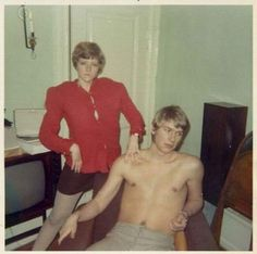 23 Funny Family Photos of the Awkwardly Crazy Kind -