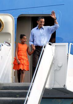 President Obama and Sasha arrive in Hawaii.
