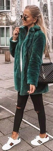 #winter #outfits blue fur coat. Pic by @_luxury_fashion_style.