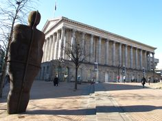 Anthony Gormley's IRON:MAN - kitsch and Birmingham's Town Hall - pastiche