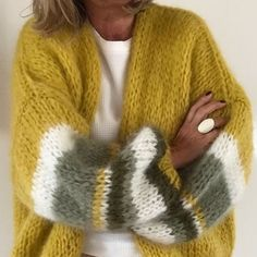 PureMe is a fashionlabel Premium handmade knitwear Designed by me, made for you.Cuddly and cosy Crochet Cardigan, Crochet Shawl, Knit Crochet, Knitwear Fashion, Knit Fashion, Fashion Fashion, Winter Fashion, Fashion Outfits, Mohair Sweater