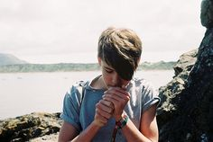 puffing. #fags #cigarettes #smoke #cancer #stick #serenity #androgynous #trend