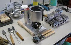Bullet casting equipment
