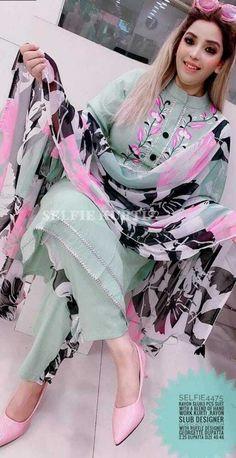Designer Party Wear Dresses, Kurti Designs Party Wear, Indian Designer Outfits, Fancy Dress Design, Stylish Dress Designs, Frock For Women, Suits For Women, Embroidery Suits Design, Creative Embroidery