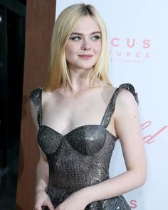 Styles pictures of Elle fanning Ellie Fanning, Fanning Sisters, Dakota And Elle Fanning, Elle Fanning Movies, Beautiful Girl Image, Beautiful Women, Blond, Manequin, Girls Image