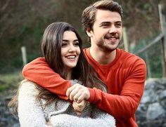"""310 mentions J'aime, 3 commentaires - Gunesin kizlari (@gunesinkizlari0_0) sur Instagram: """"#güneşinkızlartbt  #güneşinkızları  #tolgasarıtaş  #handeerçel #alimertoğlu  #selinyılmaz #alsel"""""""