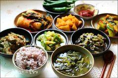 시골밥상 Korean Food, Palak Paneer, Dishes, Chicken, Cooking, Ethnic Recipes, Kitchen, Korean Cuisine, Tablewares