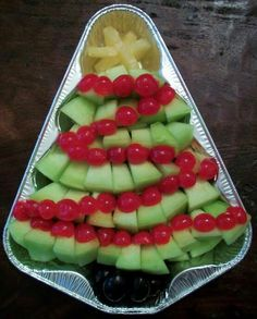 Awesome app idea for Christmas also with fruit, great healthy alternative for school/class xmas partys