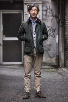 RG Kosuke / Kyusyu (this is how a Barbour bedale jacket should fit). Workwear Fashion, Grey Fashion, Mens Fashion, Barbour Jacket Outfit, Stylish Men, Men Casual, Barbour Mens, Outfits Hombre, Casual Street Style