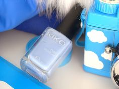 Autour de Cia: Vernis Bleu pastel Kiko 339