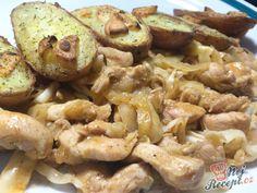 Restované kuřecí nudličky s pečenými bramborami s česnekem | NejRecept.cz Gnocchi, Stuffed Mushrooms, Potatoes, Meat, Vegetables, Author, Lasagne, Stuff Mushrooms, Potato