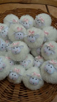 1 million+ Stunning Free Images to Use Anywhere Kids Crafts, Sheep Crafts, Animal Crafts For Kids, Bunny Crafts, Yarn Crafts, Felt Crafts, Easter Crafts, Fabric Crafts, Diy And Crafts