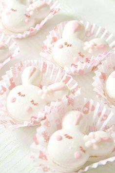 kawaiistomp:  Bunny Macarons ~ (photo credit) (please do not delete the credit)