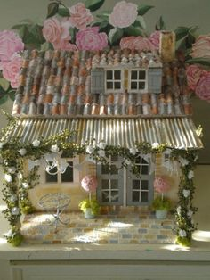 Shabby Chic Maisonette de Provence Dolls House by Cinderella Moments. (very pretty cottage!)
