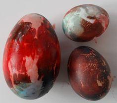 Πασχαλιάτικα καλαθάκια. Πασχαλιάτικα καλαθάκια με κουτιά μεταλλικά από παιδικές τροφές.Τα παιδιά έβαψαν το κουτί λευκό με άσπρη μπογιά ... Easter Eggs, Blog, Speech Language Therapy, Projects To Try, Blogging