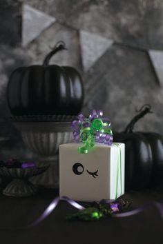ハロウィンの飾りつけやラッピングにカーリングリボンの結び方by Style Wrapping