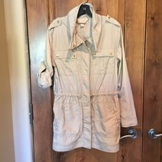 Michael Kors rain coat Michael Kors rain coat size M- only worn 2x- excellent condition! Michael Kors Jackets & Coats