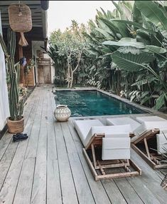 Die verrücktesten Villen in Bali mit privaten Pools – Pool Ideas Small Backyard Pools, Backyard Pool Designs, Small Pools, Swimming Pools Backyard, Swimming Pool Designs, Backyard Patio, Outdoor Pool, Outdoor Decor, Style At Home