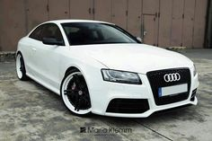 White Audi. LOVE! WANT!