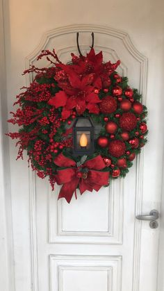 Christmas Wreaths To Make, Christmas Door, Outdoor Christmas, Holiday Wreaths, Rustic Christmas, Christmas Reef, Christmas Holidays, Christmas Crafts, Christmas Ornaments