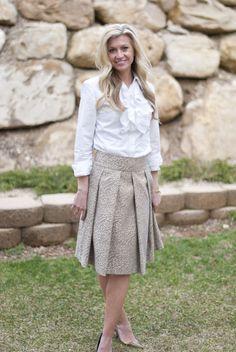 Elle Apparel: The Gilded Skirt. Lovely, gorgeous, free skirt pattern.