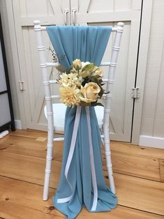 Wedding Chair Sashes, Diy Wedding Backdrop, Wedding Chair Decorations, Wedding Sash, Wedding Chairs, Wedding Centerpieces, Wedding Table, Wedding Columns, Periwinkle Wedding