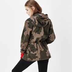 G-Star Raw Ospak Clean Hooded Jacket ($260) ❤ liked on Polyvore featuring outerwear, jackets, military camouflage jacket, white straight jacket, camoflauge jacket, white camo jacket and camo jacket