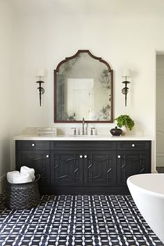 tile floor, black and white, basket, mirror @burnhamdesign
